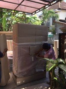 Packing in clients Villa preparing for Export