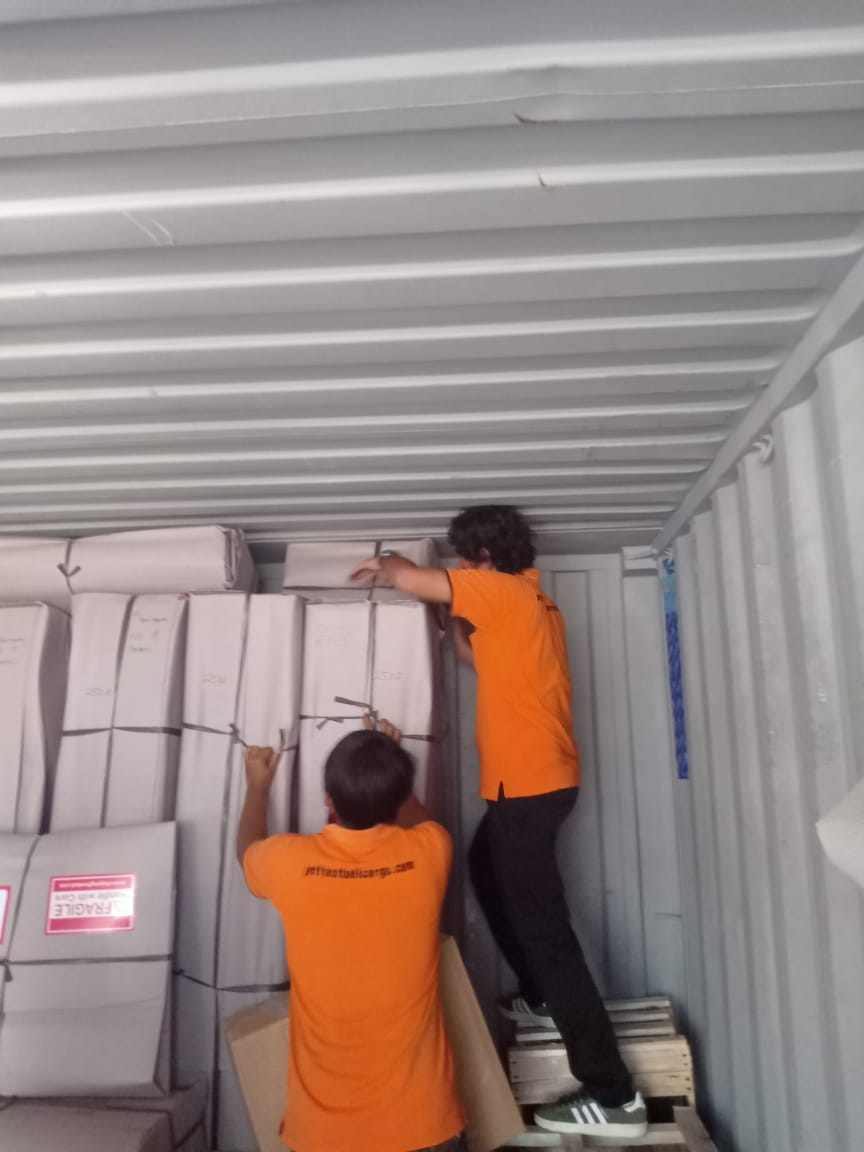 Bali container