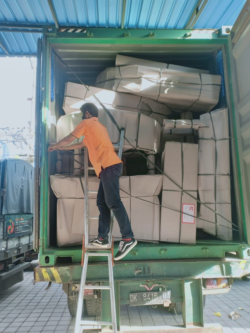 Shipping From Bali to Cairns