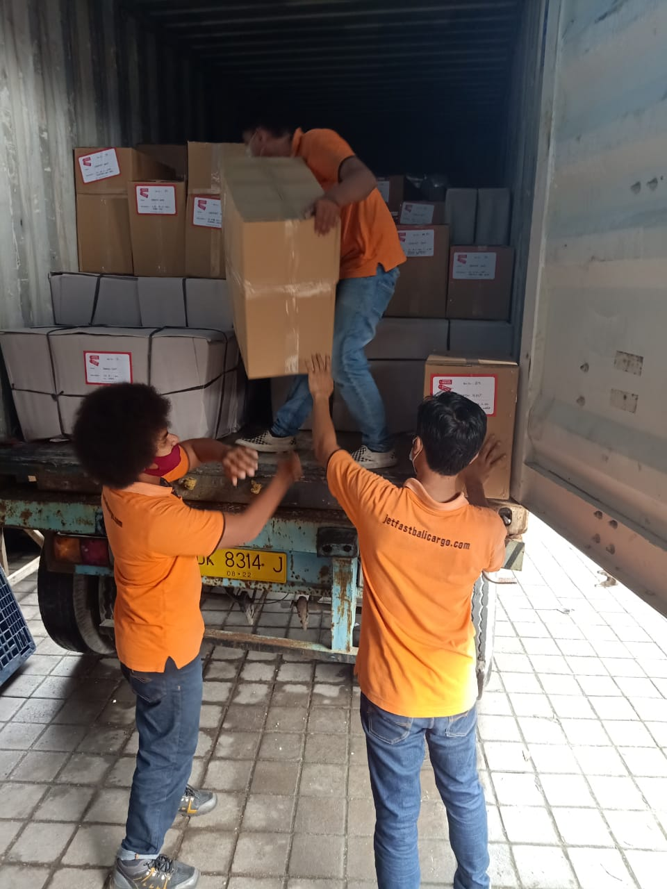 Shipping to Adelaide From Bali