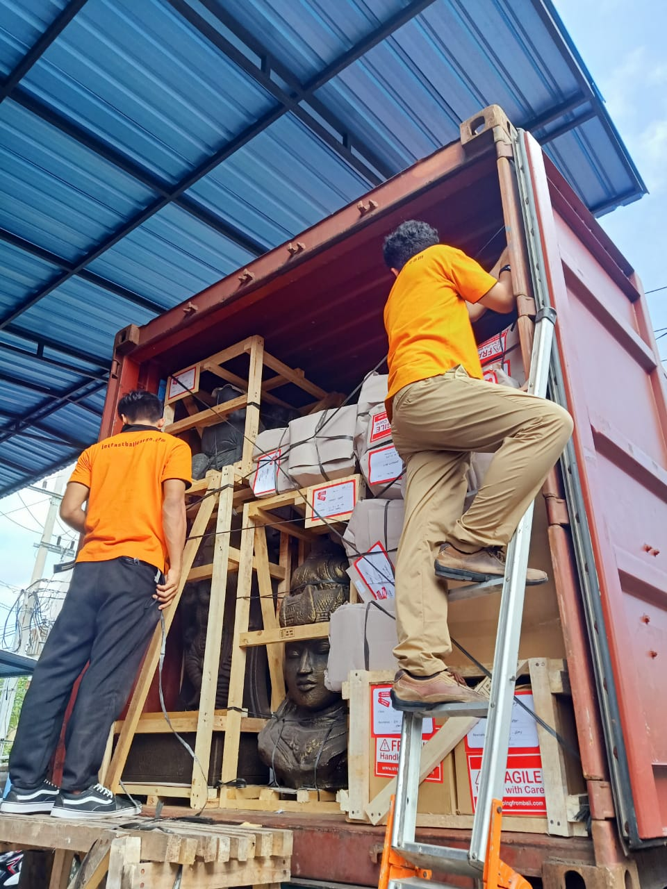 Sending Cargo From Bali to Adelaide